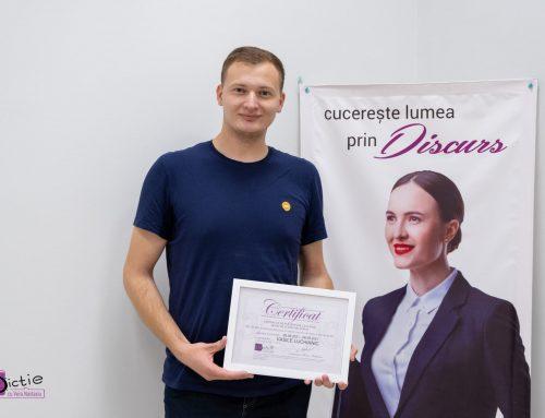 """Vasile LUCHIANIC: """"Vera Nastasiu este o profesoară cu o experiență profesională incredibilă. Deține cele mai importante calități pentru a instruit doritorii de a obține o dicție impecabilă, are abilitățile necesare pentru menținerea atenției auditorului, simțul umorului, tandrețe, modestie, simplitate."""""""